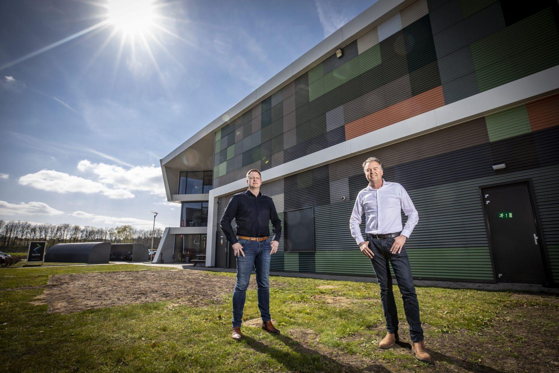 Bedrijf Lycens uit Oldenzaal: van benedenverdieping naar nieuw pand op Hazewinkel